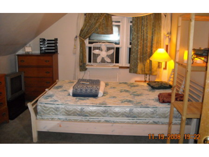 Giant Master Suite & Bath In House - -WALK To SDSU